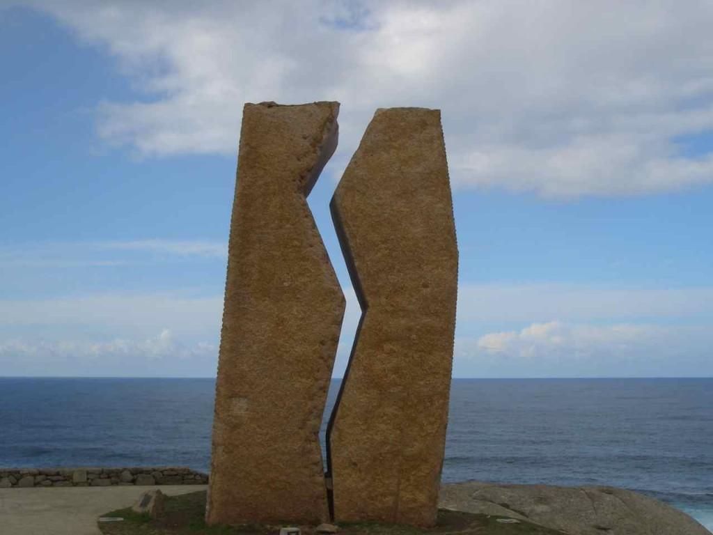 Jakobsweg, Monument am Meer von Muxía