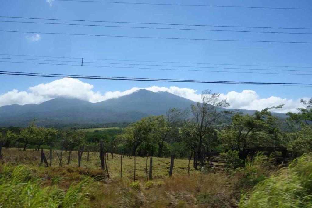 Zentralamerika, Costa Rica, erste Eindrücke aus dem fahrenden Bus