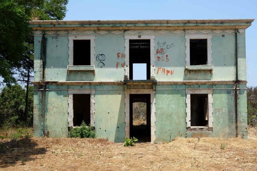Zentralamerika, Suchitoto, Überbleibsel des Bürgerkrieges