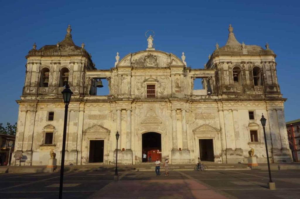 Zentralamerika, Nicaragua, León, Kathedrale