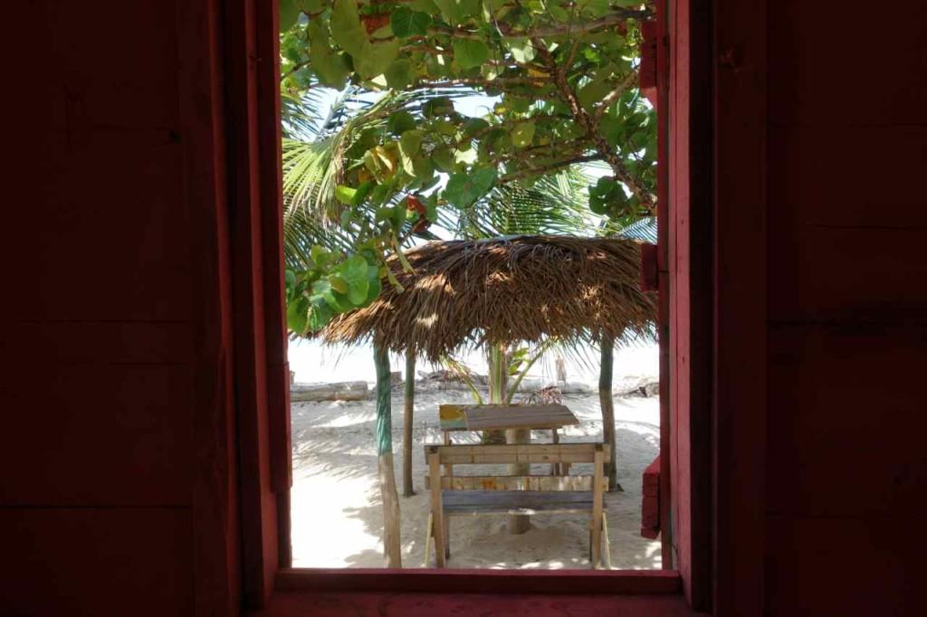 Zentralamerika, Nicaragua, Little Corn Island, Blick aus meiner Hütte bei Stedman