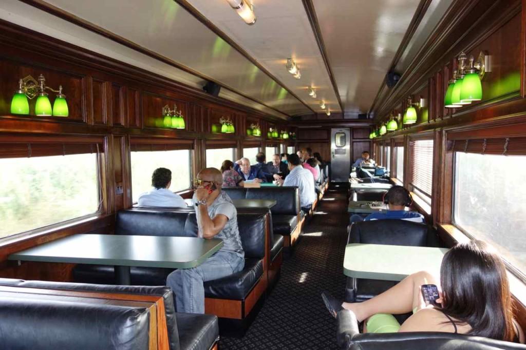 Panama, Zugfahrt von Panama City nach Colón, parallel zum Kanal