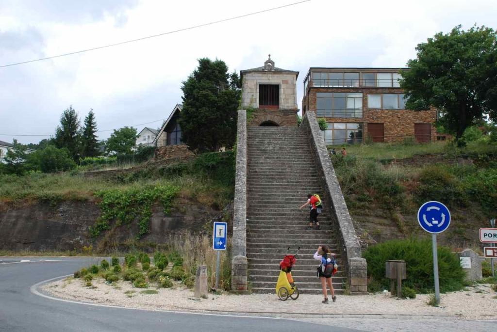 Jakobsweg, Portomarín, Treppe, Foto Helmut Hopf