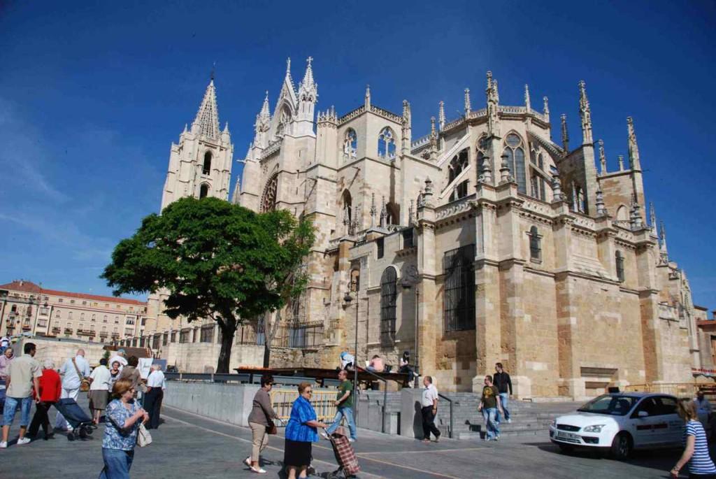 Jakobsweg, León, Kathedrale Foto: Helmut Hopf