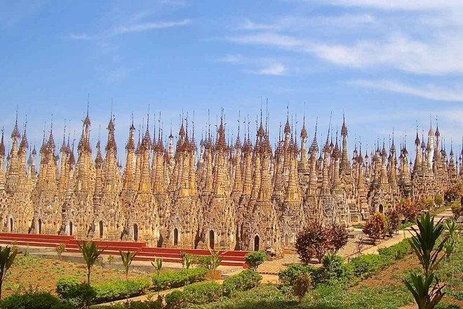 Kakku: rund 2.500 Stupas auf engem Raum