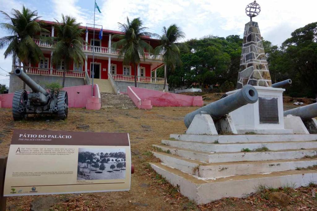 Brasilien Ilha Fernando de Noronha, Aus kolonialen Zeiten...