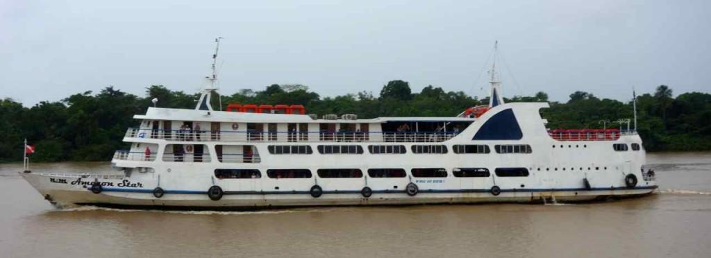Amazonas, Passagierschiff