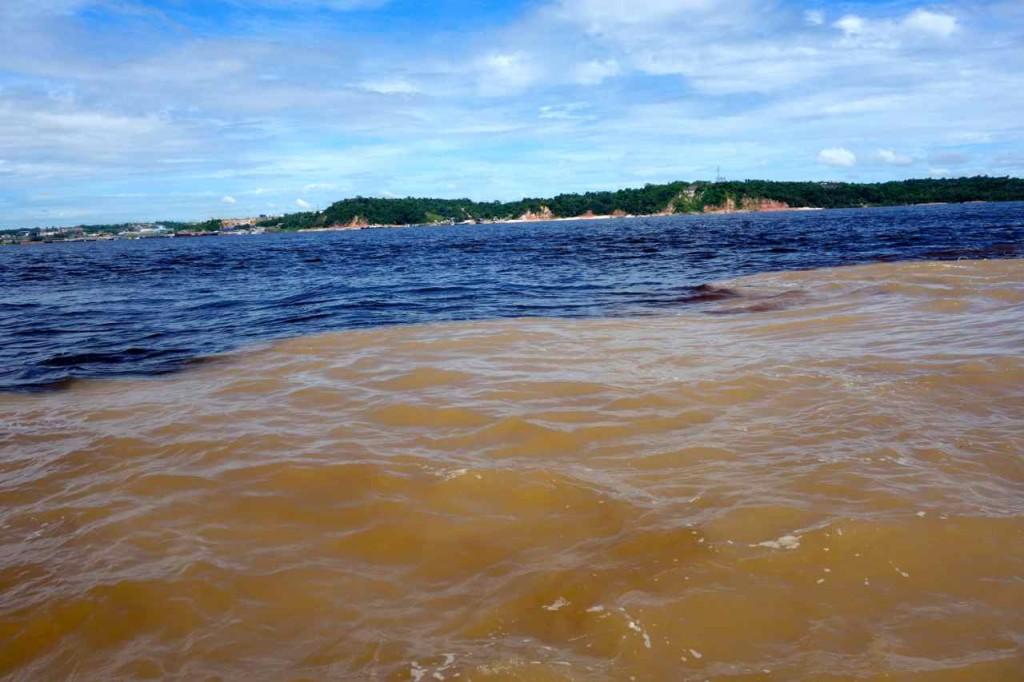 """Manaus: """"Encontro das Águas"""""""