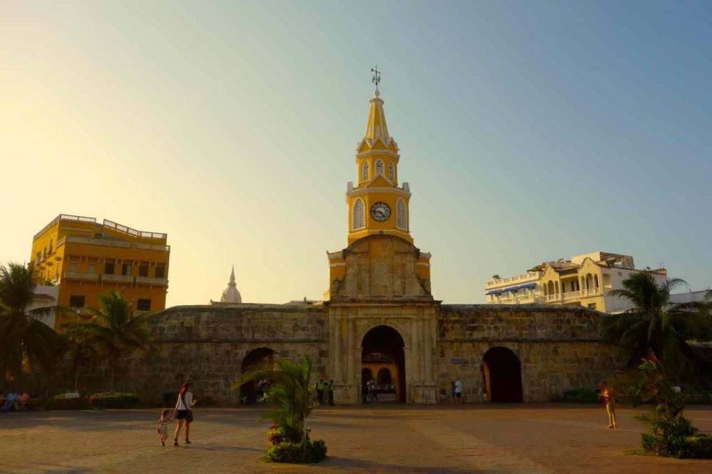 Cartagena, Uhrenturm, Eingang zum Centro Histórico