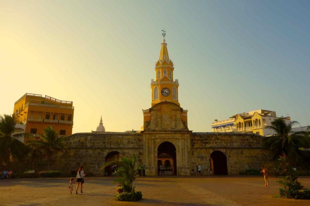 Cartagena, Uhrenturm, Eingang zum Centro