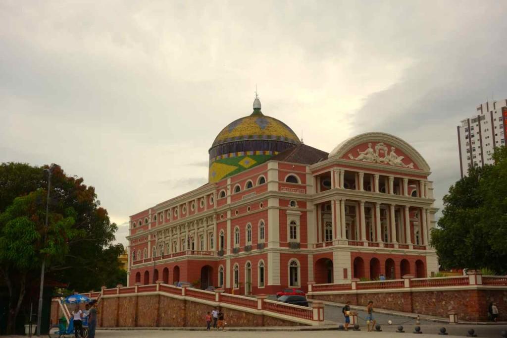 Manaus, Opernhaus, schräg