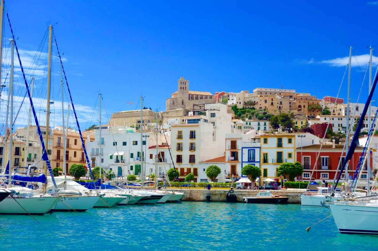 Ibiza, Eivissa Stadt vom Wasser