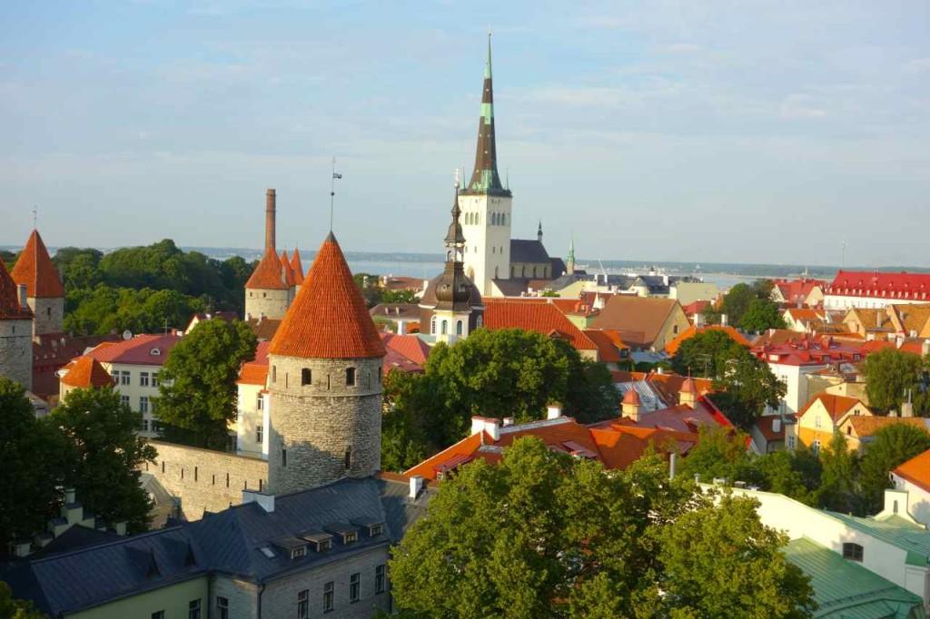 Estland, Tallinn, Blick von der Oberstadt