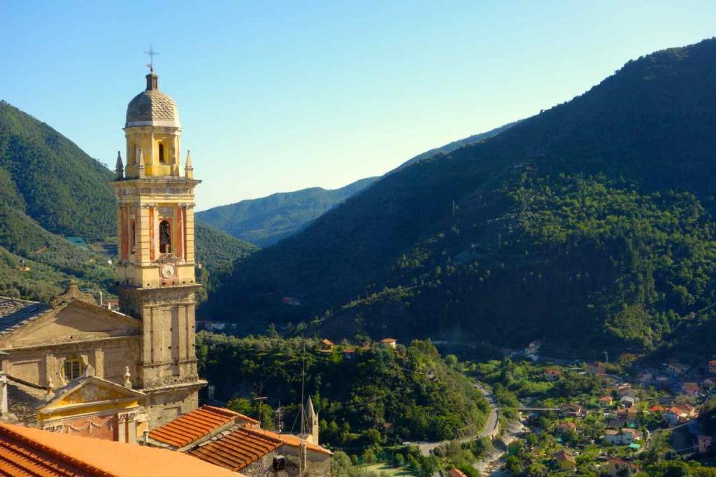 Montalto Ligure, Blick von der Terrasse 1