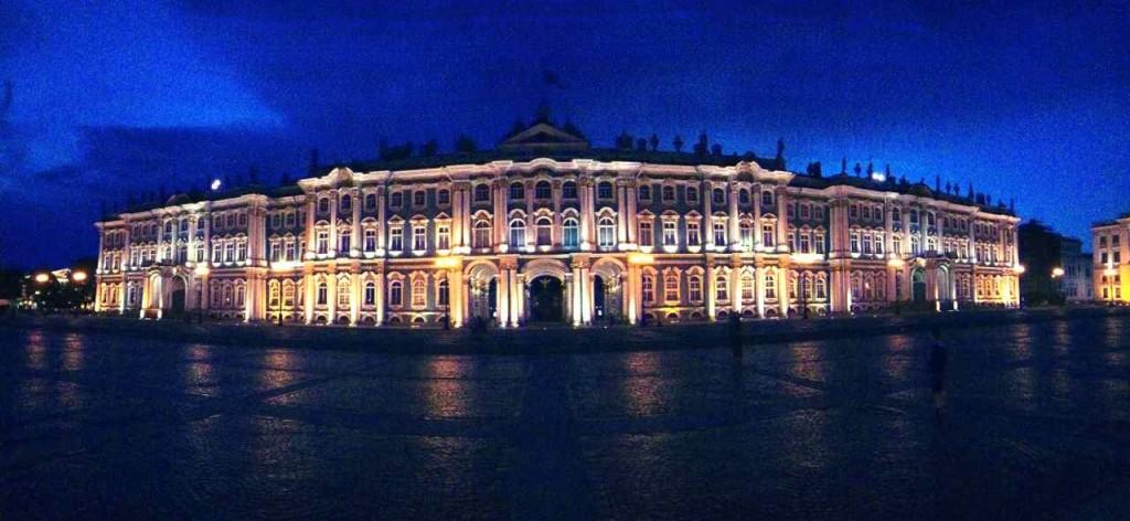 St. Petersburg Sehenswürdigkeiten, Eremitage bei Nacht, Panorama