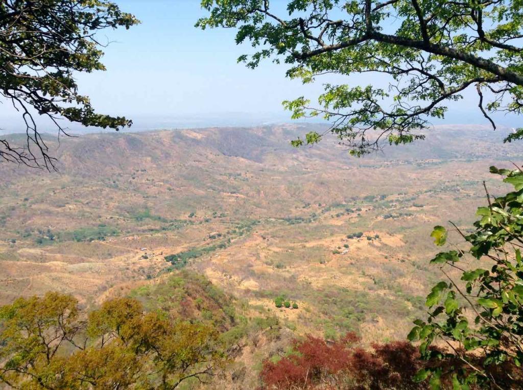 Malawi, Mushroom Farm, Blickk aufs Tal