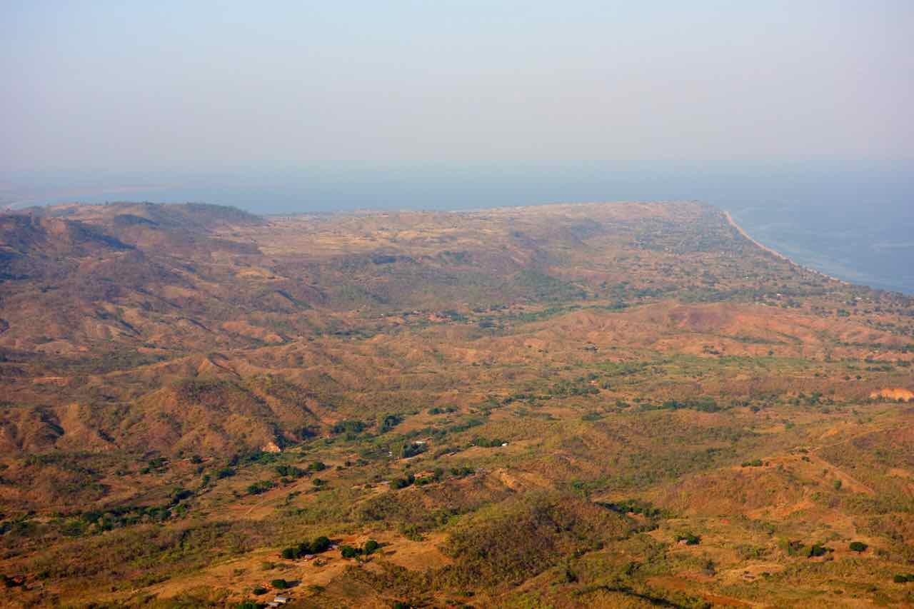 Malawi, Mushroom Farm, Blickk aufs Tal, Beitragsbild