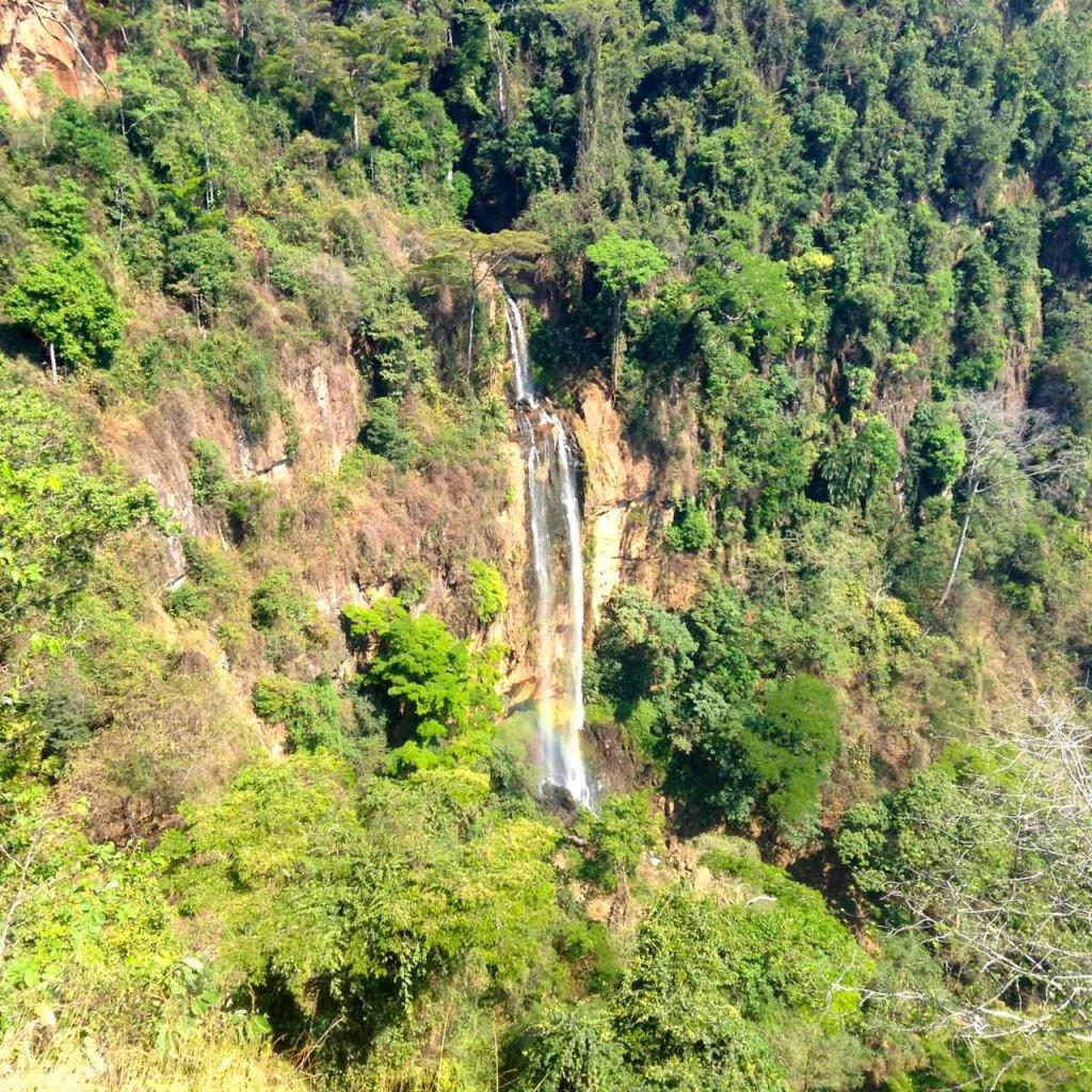 Malawi, Mushroom Farm, Wasserfall