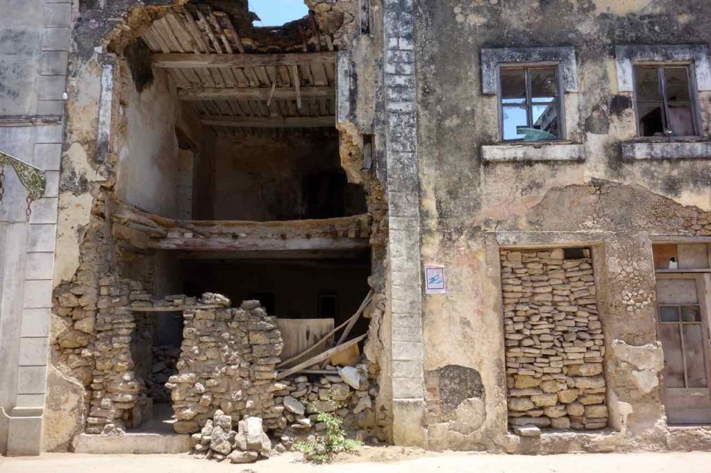 Mosambik, Ilha de Mosambik, marodes Haus