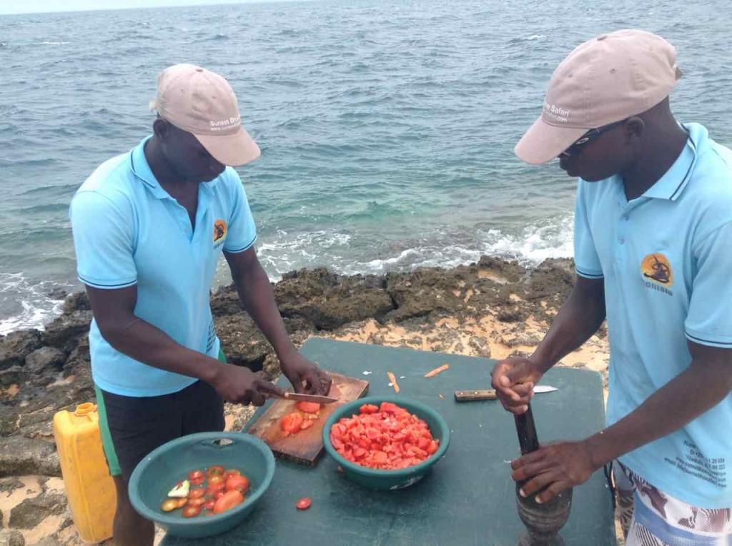 Mosambik, Bazaruto, Vorbereitung des Picknicks