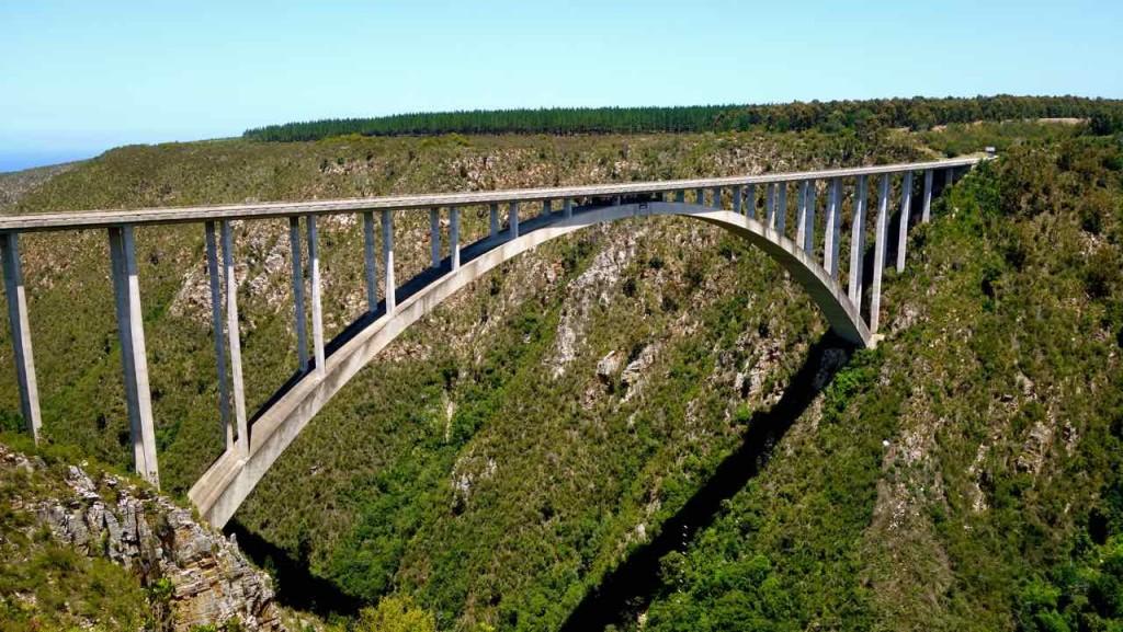 Bungee-Sprung, weltweit höchster Sprung von einer Brücke (216 m), Südafrika