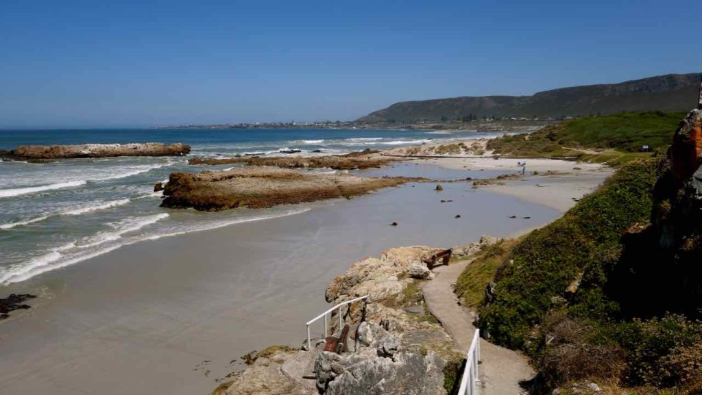 Hermanus Highlights, Cliff Path mit Meer und Strand