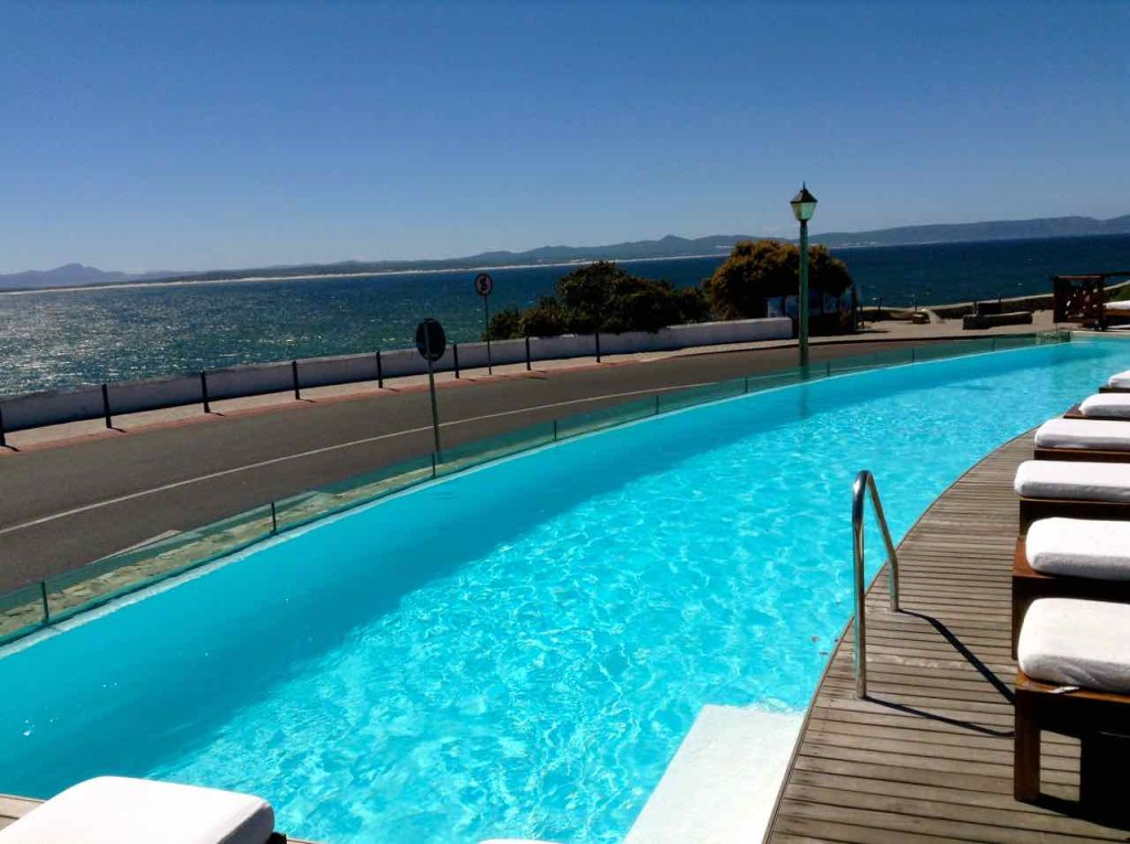 Hermanus Highlights, Pool vom Harbour House Hotel
