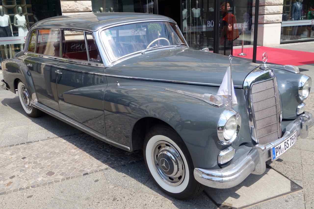 Classic Days Berlin,Oldtimer Mercedes-Benz 300