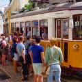 Lissabon, Straßenbahn am Praça Luís de Camões, Titelbild