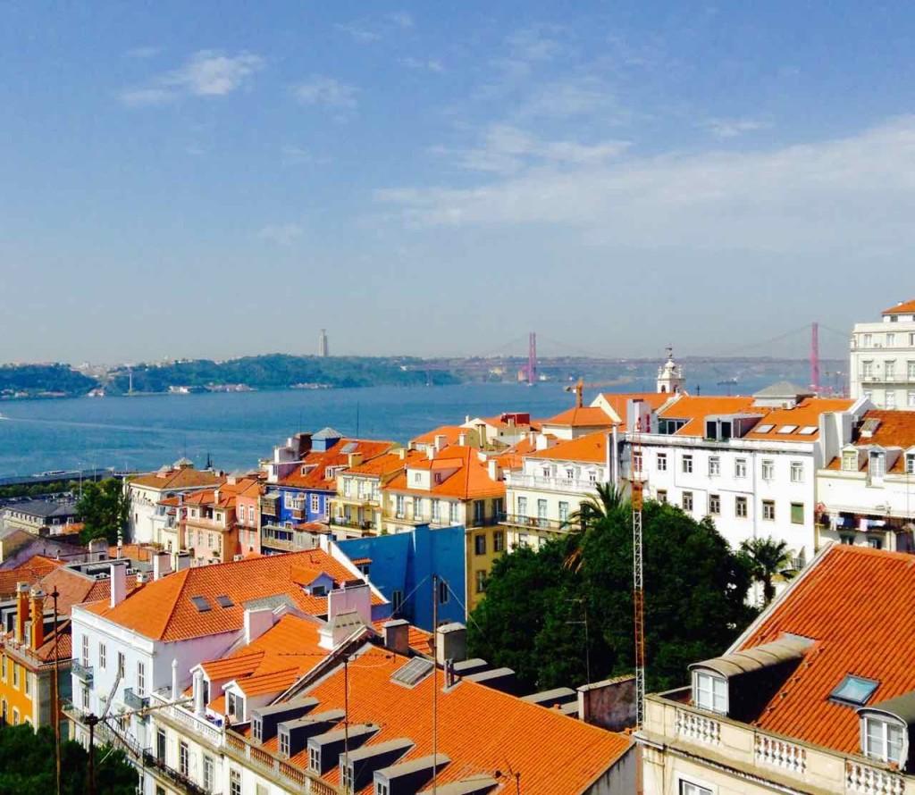 Aussichtspunkte von Lissabon, Von der Terrasse des Hotels Bairro Alto