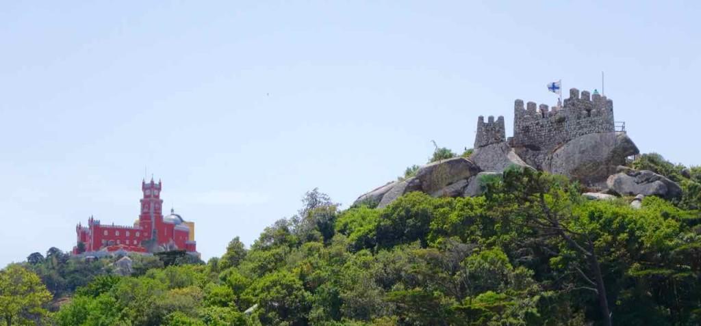Lissabon Tagesausflug Sintra zum Plalacio Nacional da Pena und Castelo dos Muros