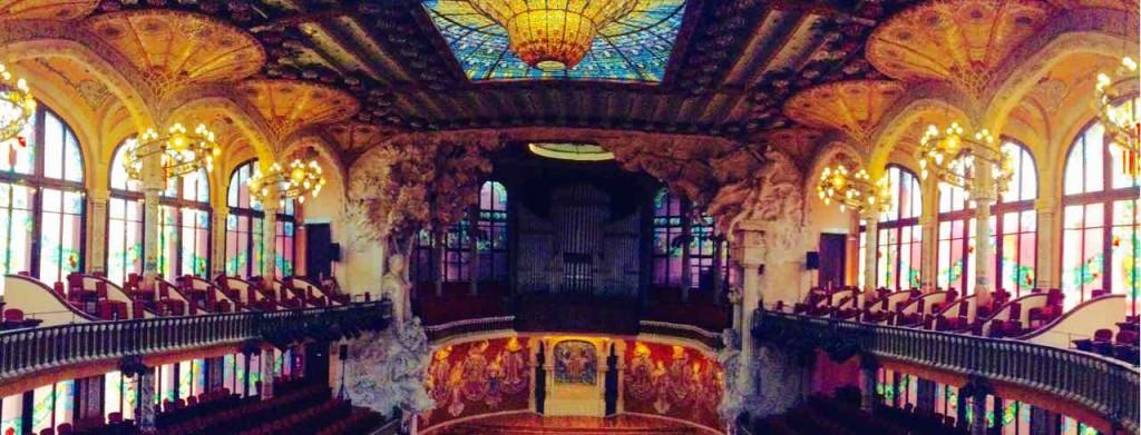 Barcelona Palau de la Musica Konzertsaal mit Orgel von Walcker