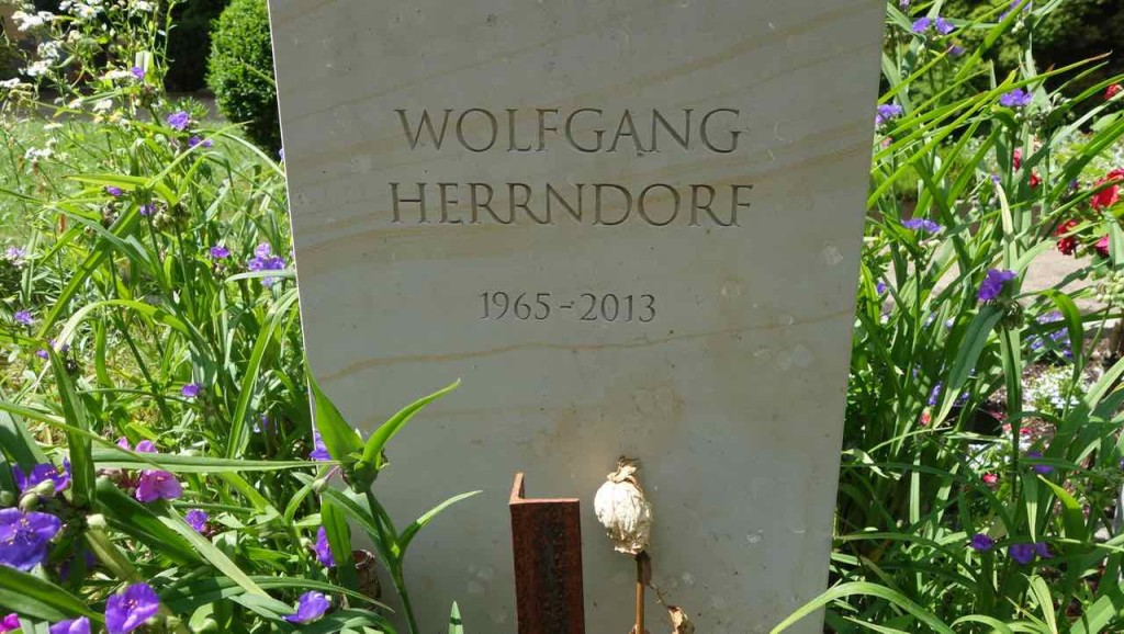 Dorotheenstädtischer Friedhof in Berlin. Wolfgang Herrndorf (1965 - 2013); Schriftsteller, Tschick