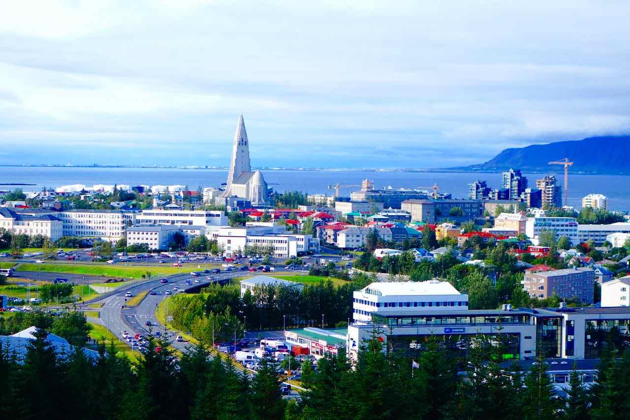 Island, Sehenswürdigkeiten, Reykjavik, Perlan - Blick auf die Stadt
