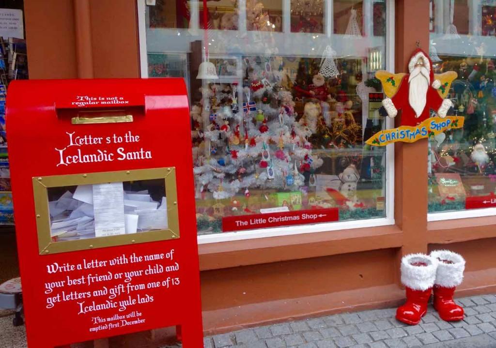Reykjavik, Sehenswürdigkeiten, Weihnachtsladen mit Briefkasten