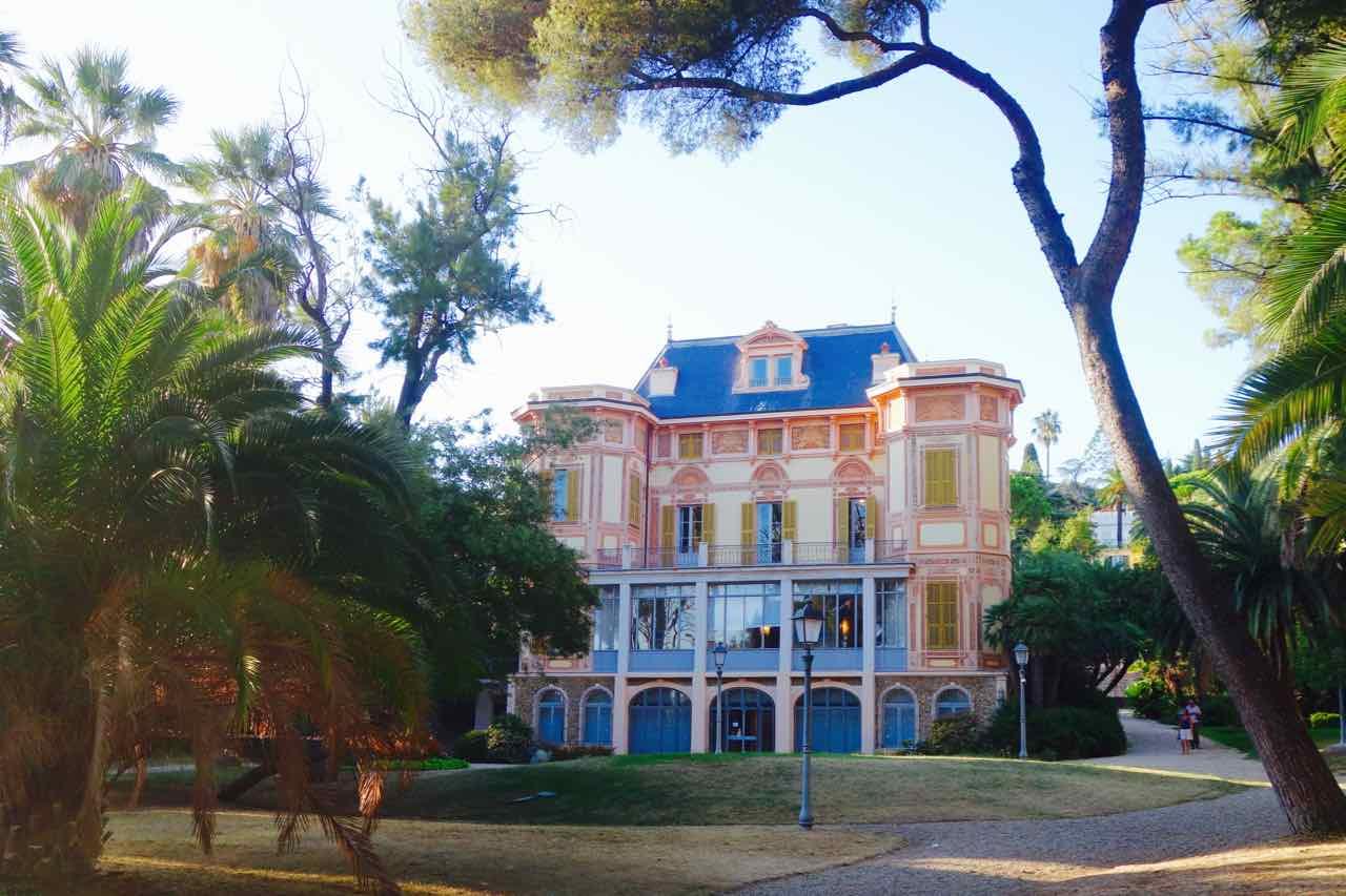 San Remo Villa Nobel vom Garten, Totale für Titel