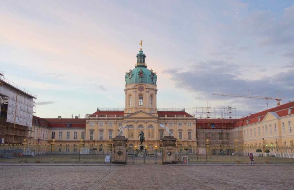 Berlin Stadtrundfahrt im Gourmet Liner, Schloss Charlottenburg