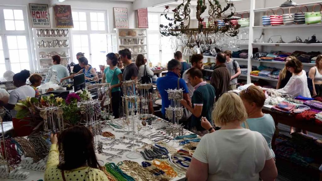 Kapstadt Foodmarket, Neighbourgoods Market, Kunstgewerbe und Designer 2