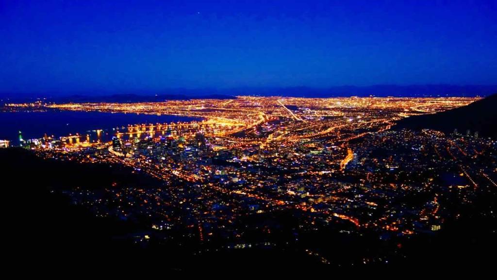 Kapstadt vom Lions Head am Abend