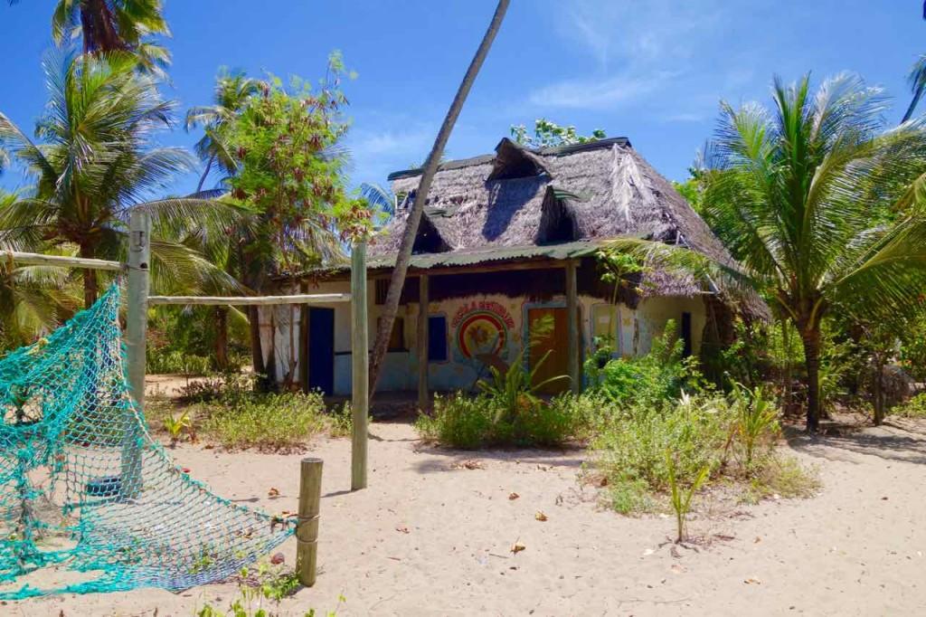 Salvador da Bahia Tipps: Arembepe, Aldeia Hippie Village ist runtergekommen.
