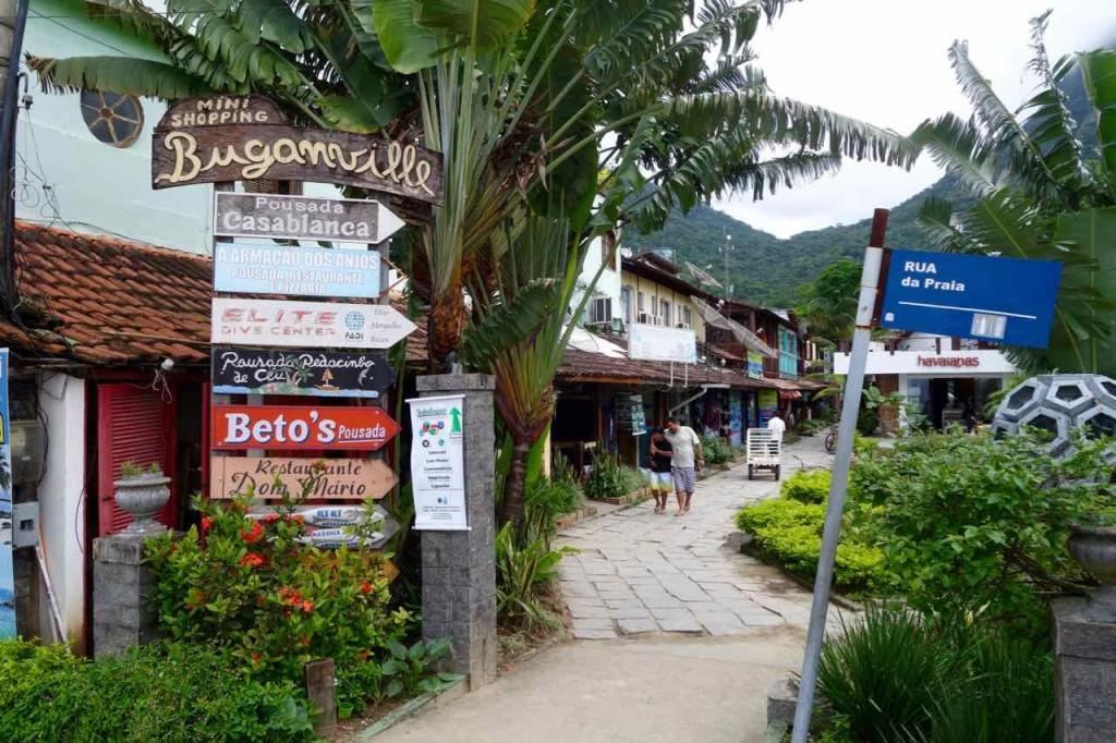 Brasilien, Ilha Grande Anreise, Geschäftszentrum