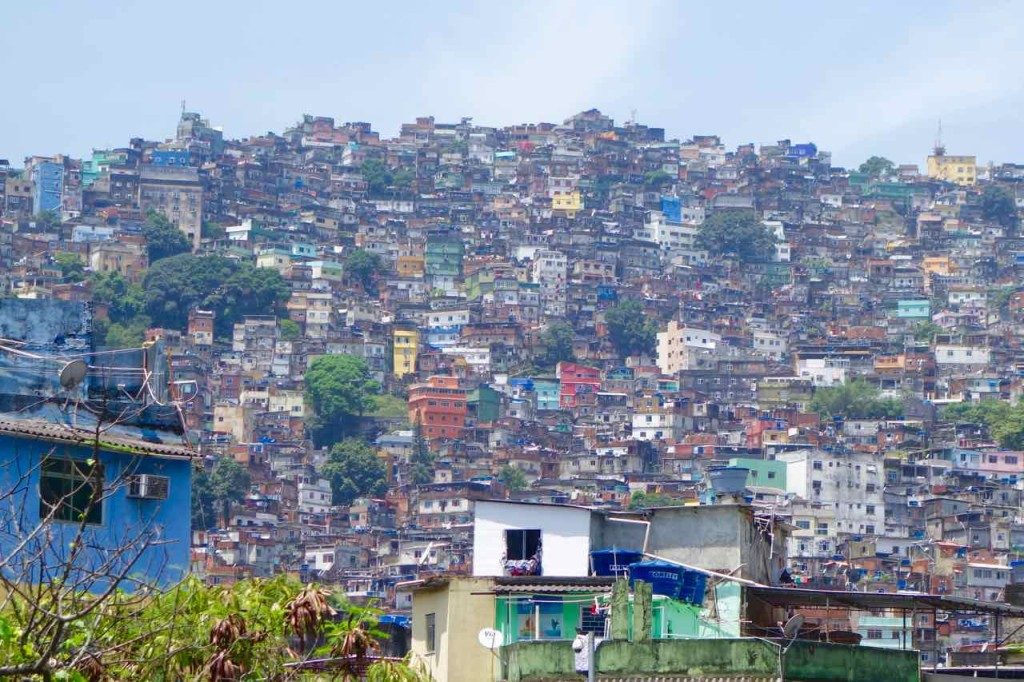 Favela Tour Rocinha, Totale, Titel 4