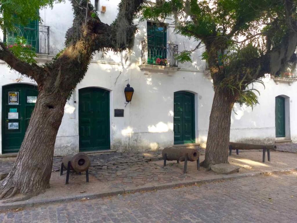 Colonia Uruguay, Haus mit 3 Kanonen, iPod-Foto