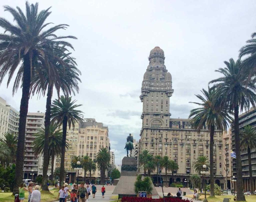 Montevideo Sehenswürdigkeiten, Plaza Independencia, Uruguay, iPod-Foto