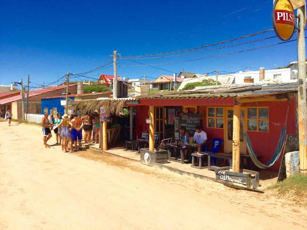 Punta del Diablo Strand, Sin Destino, Uruguay