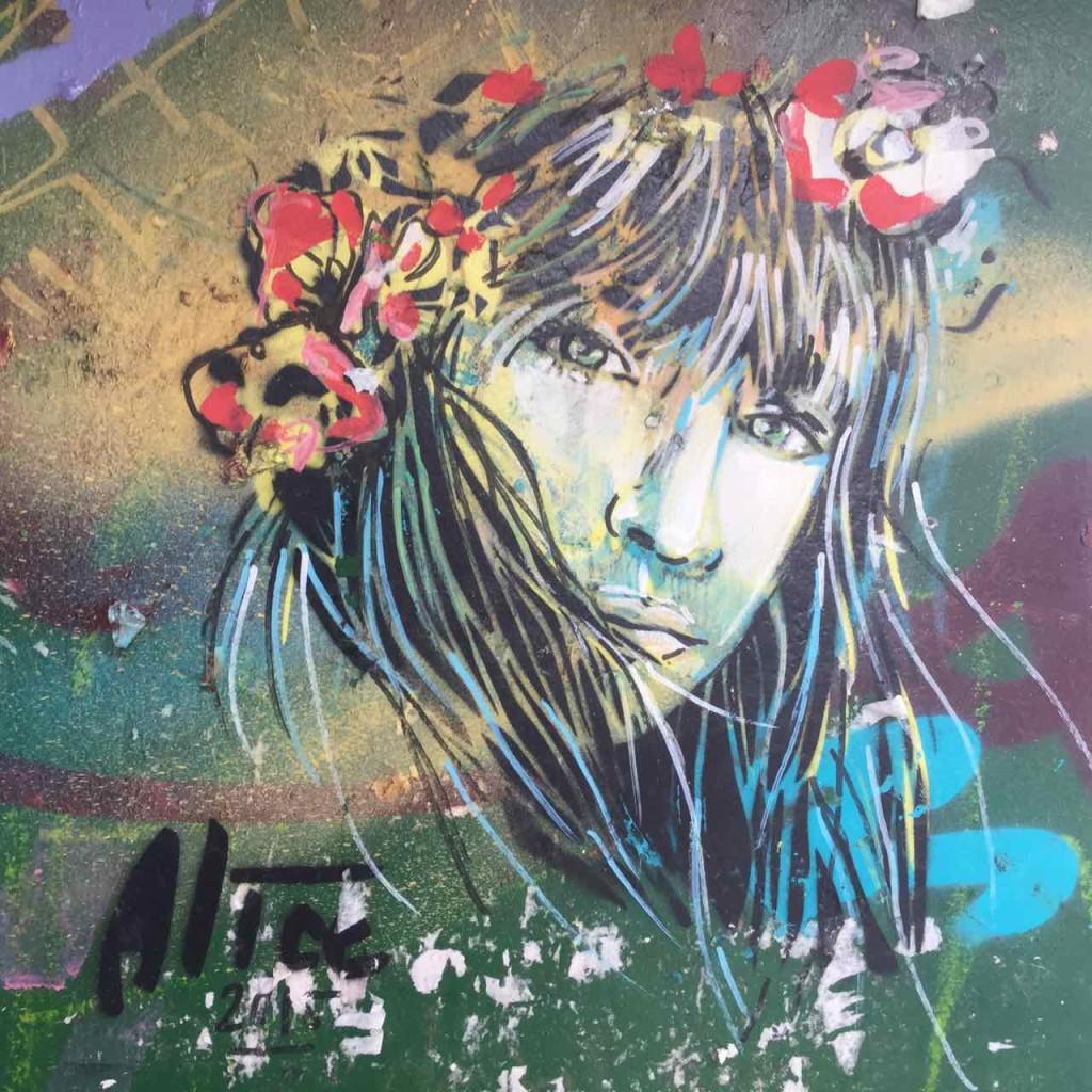 Buenos Aires Street Art, Artist: Alice (Italien), Auf einem Kiosk in San Telmo