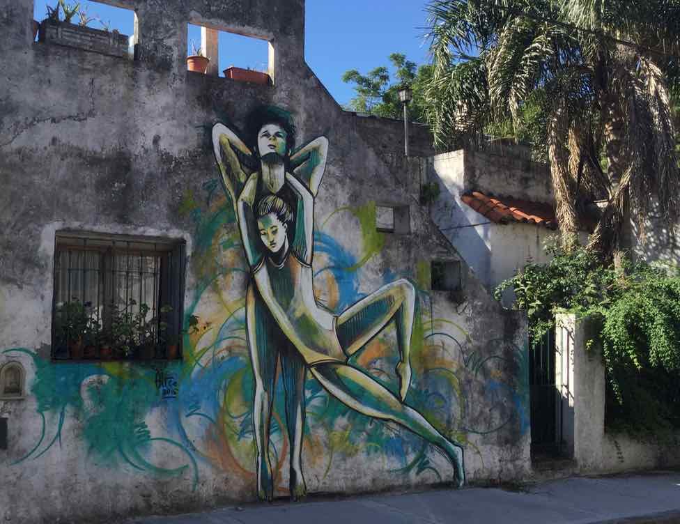Buenos Aires Street Art, Alice (Italien) ist eine der noch wenigen, renommierten Frauen in der Streetart-Szene. Das Paar entstand innerhalb von 4 Stunden.