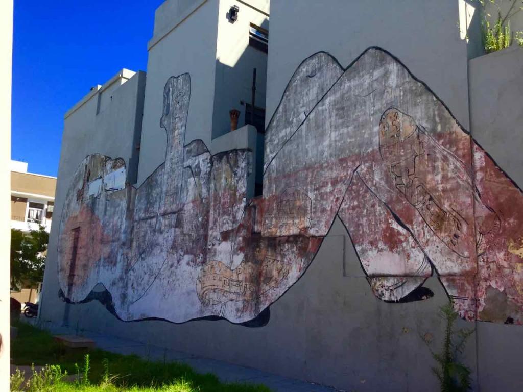 Street Art in Buenos Aires, Artist: Blu aus Bologna, der auch in Berlin vertreten ist, iPod-Foto