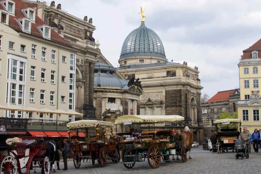"""Dresden Tipps, Kunstakademie/Lipsiusbau mit der """"Zitronenpresse"""""""