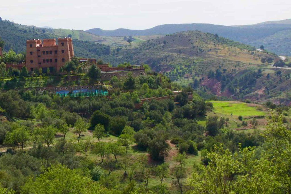 Demnate Sehenswürdigkeiten, Kasbah Illy, Titel 1, halbnah mit Landschaft